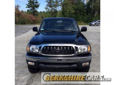 2003 Toyota Tacoma SR5 Extended Cab - 4 Wheel Drive Pick Up